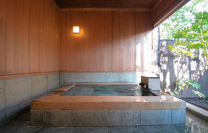 温泉 山吹 離れ露天風呂